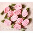 Rosas de satén (raso) pequeñas rosa