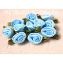 Rosas de satén (raso) pequeñas celeste