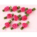 Rosas de satén (raso) pequeñas rosa fucsia